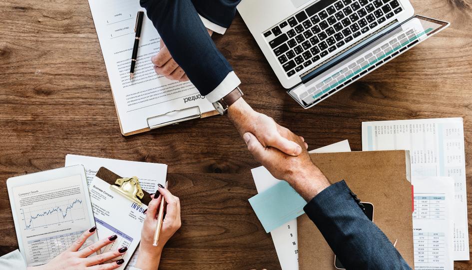 Handshake | Flexible Employee Benefits | Benefits by Design