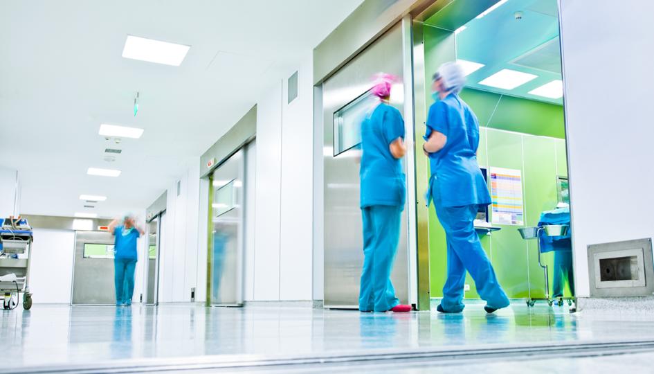 Doctors talking | DSAI | Benefits by Design